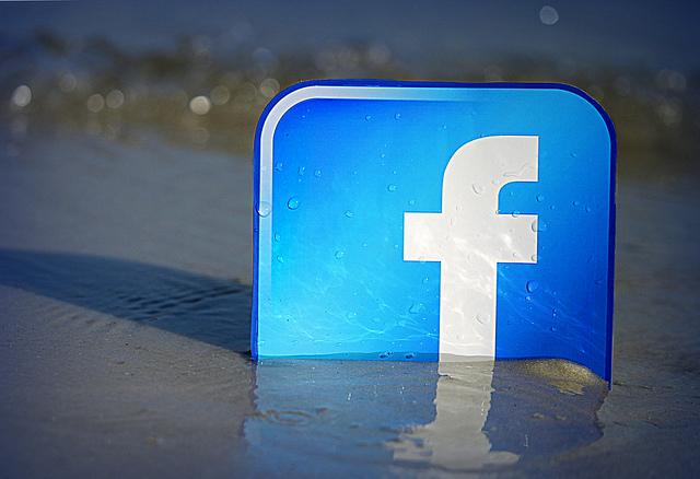 Facebook si è mangiato Internet